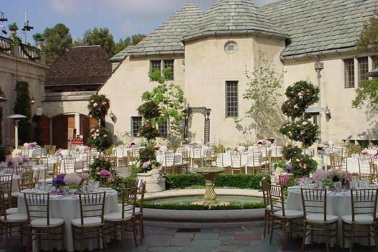 An Enchanting Wedding at Greystone Mansion: Gardens, Courtyards – and Catering