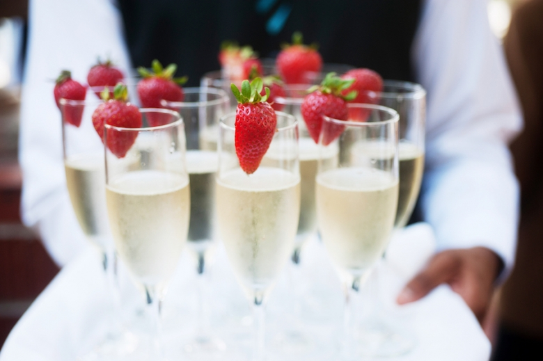 A Mastery of Beverages is Vital for Wedding Catering